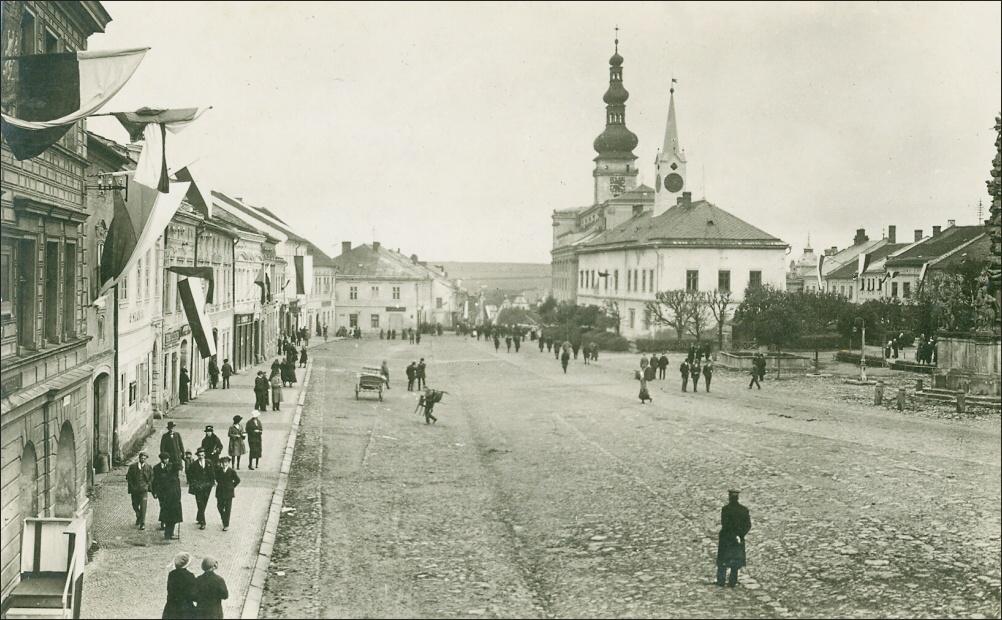 1925, A